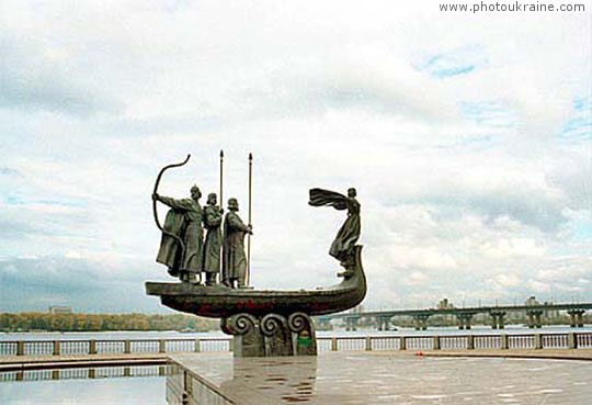 Monument to Kyi, Schek, Khoriv and Lybid Kyiv City Ukraine photos