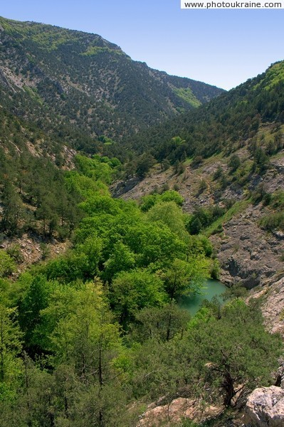 Chernorechenskiy (Black river) Canyon Autonomous Republic of Crimea Ukraine photos