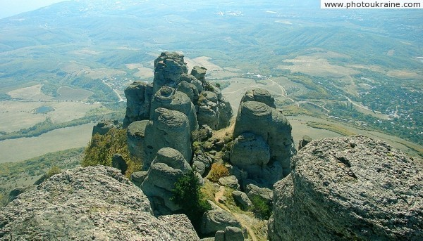 Massif Demerdzhi. Valley of ghosts Autonomous Republic of Crimea Ukraine photos