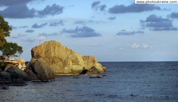 Alupka. Sea shore Autonomous Republic of Crimea Ukraine photos