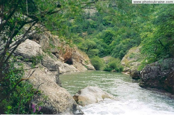 Chorna (Black) River Autonomous Republic of Crimea Ukraine photos