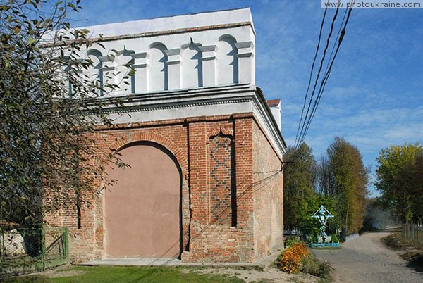 Olyka. Gate to town forever (?) closed Volyn Region Ukraine photos