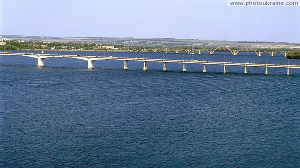 Dnipropetrovsk. Beautiful lines of Dnipropetrovsk's bridges Dnipropetrovsk Region Ukraine photos