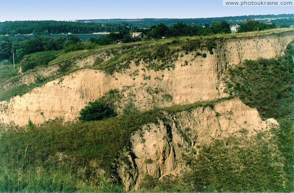 Stari Kodaky. Famous outcrop of anthropogenic sediments Dnipropetrovsk Region Ukraine photos