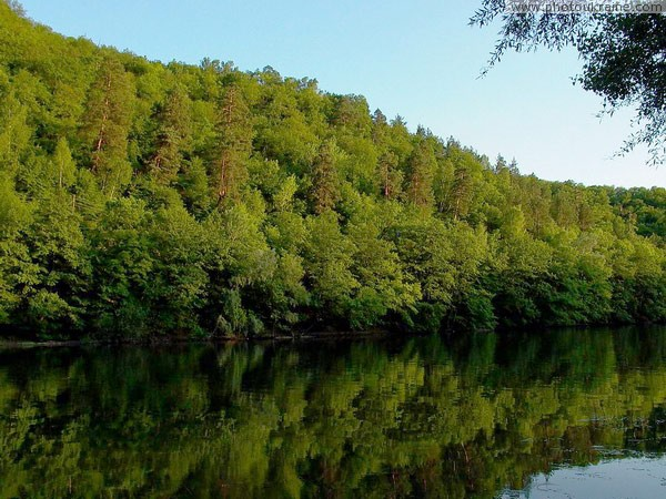 Park Sviati Gory. Wooded slopes of Siverskyi Donets Donetsk Region Ukraine photos