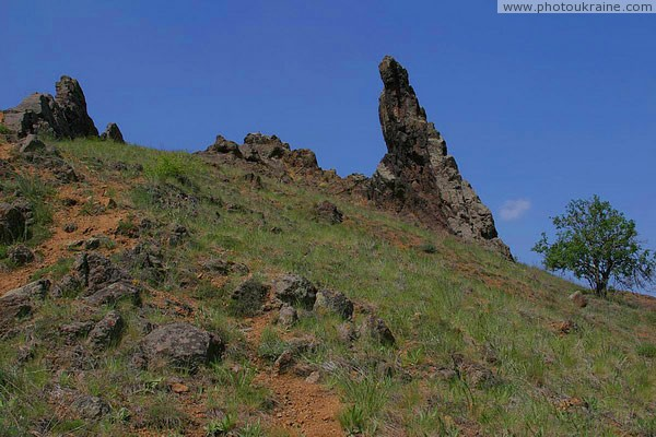 Starolaspa. Pinnacle above river Donetsk Region Ukraine photos