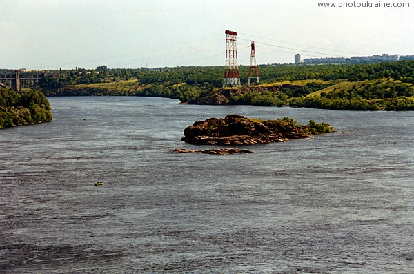 Zaporizhzhia. Oak Island and top rock Twins Zaporizhzhia Region Ukraine photos