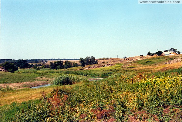 Kalaytanivka. V-shaped valley of river Berda Zaporizhzhia Region Ukraine photos