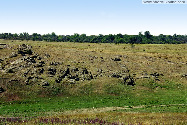 Kalaytanivka. Granites show through on slope Berda Zaporizhzhia Region Ukraine photos