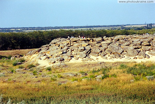 Terpinnia. Northern end of Stone Grave Zaporizhzhia Region Ukraine photos