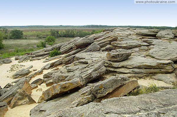 Terpinnia. Sands and sandstones Stone Grave Zaporizhzhia Region Ukraine photos