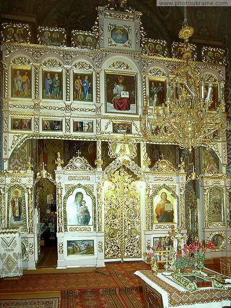 Galych. Iconostasis of the Church of the Nativity of Christ Ivano-Frankivsk Region Ukraine photos