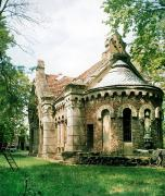 Pechera. Side and rear facades of Potocki mausoleum, Vinnytsia Region, Country Estates
