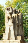 Tomashpil. Monument to first komsomolets, Vinnytsia Region, Monuments