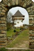Busha. Tower of castle – through kind of stylized gate, Vinnytsia Region, Fortesses & Castles