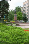 Donetsk. Monument to T. Shevchenko on eponymous boulevard, Donetsk Region, Monuments